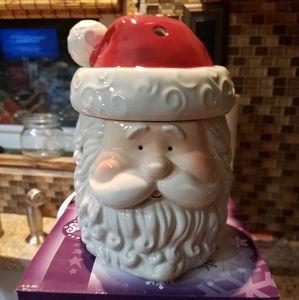New Scentsy Santa Warmer